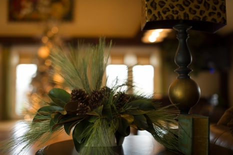 small floral arrangements add special hints of the season
