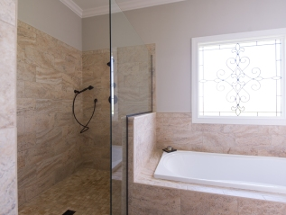 Meadow Ridge Master Bathroom